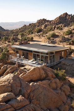 Minimalist House Design Blue Sky Home by o2 Architecture'  http://www.neamhouse.com/tag/minimalist-home-design/