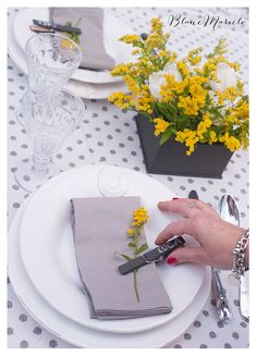 video tutorial for a spring mis en place blanc mariclo