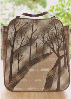 PDF Pattern tutorial of women handbag bag purse ebook patchwork quilt sewing applique cotton