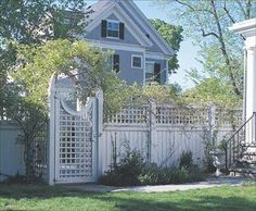 5 Imaginative Clever Tips: Fencing Ideas Around Patio Modern Fence Design Fence Uae Garden Fence Green.Wooden Fence With Lattice On Top. Brick Fence, Concrete Fence, Front Yard Fence, Cedar Fence, Fence Gate, Wood Fences, Arbor Gate, Wood Gates, Low Fence