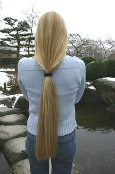 Long pony got a supercut to her shoulders. Nice donate for someone.she like the new look Long Ponytail Hairstyles, Long Hair Ponytail, Pretty Hairstyles, Perfect Blonde Hair, Light Blonde Hair, Beautiful Long Hair, Gorgeous Hair, Long Hair Tips, Super Long Hair