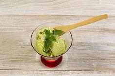 ***¿Cómo hacer Helado de Té Verde?*** Salud y sabor, todo en uno. Aprende a hacer en casa helado de té verde, fácil y sabroso....SIGUE LEYENDO EN.... http://comohacerpara.com/hacer-helado-de-te-verde_11475c.html
