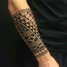 maori tattoos for men Tribal Forearm Tattoos, Filipino Tribal Tattoos, Tribal Sleeve Tattoos, Samoan Designs, Polynesian Tattoo Designs, Maori Tattoo Designs, Hawaiianisches Tattoo, Samoan Tattoo, Arm Band Tattoo