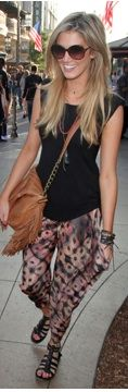 Delta Goodrem...cute style and love that haircut too