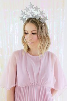 DIY a glitter silver star crown for your NYE party with this simple tutorial.