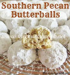 Southern Pecan Butterballs ---------- I love these things! Southern Pecan Butterballs are known by many names: Snowball Cookies, Mexican Wedding Cookies, Russian Tea Cakes and Danish Wedding Cookies! Köstliche Desserts, Delicious Desserts, Dessert Recipes, Yummy Food, Dinner Recipes, Tea Cakes, Holiday Baking, Christmas Baking, Danish Wedding Cookies