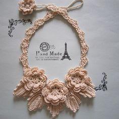 レース編みネックレス
