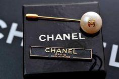 Vintage Chanel Pearl Brooch Pin