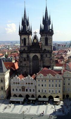 Old Town Prague. \\ Eglise de Notre-Dame de Tyn à Prague, proche de la place de la vieille ville .Prague. Czech Republic.