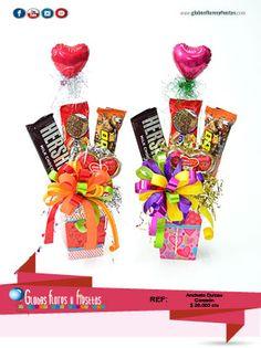 Globos, Flores y Fiestas Birthday Candy, Unicorn Birthday Parties, Birthday Gifts, Candy Bar Bouquet, Gift Bouquet, Valentine Crafts, Valentines, Mothers Cookies, Movie Night Gift Basket