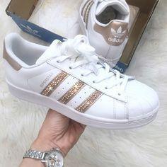 wholesale dealer b6c4f c43c6 Adidas Superstar originales listos para enviar tamaño 8 hecho Zapatillas  Bonitas, Zapatillas Para Chicos,