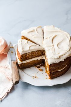 The Best Pumpkin Cake Recipe — Style Sweet The Best Pumpkin Cake Recipe with Maple Cream Cheese Frosting The Best Pumpkin Cake Recipe, Pumpkin Cake Recipes, Best Carrot Cake, Cupcakes, Cupcake Cakes, Wilton Cakes, Naked Cakes, Fall Cakes, Salty Cake