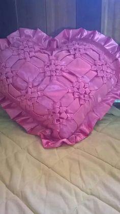 How to make living room floor pillow puff step by step diy tutorial floor pillows weave bellisima toss pillows cushions floor cushions solutioingenieria Images