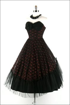 If I needed a reception dress, it would most definately be something like this bad boy :)