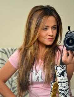 Seriously love her hair and this Little Miss Momma blog..its a must read.