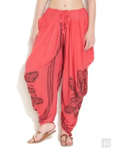 http://images.voonik.com/67872/trendy-dhoti-pants-original.jpg?1460240220