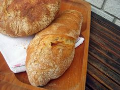 A világ legegyszerűbben elkészíthető kenyere. Nem kell dagasztani, formázni is csak módjával. Nem kell sokat tö...
