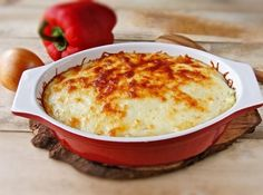 Cartofi cu carne tocata la cuptor Cornbread, Mashed Potatoes, Macaroni And Cheese, Ethnic Recipes, Food, Whipped Potatoes, Mac Cheese, Smash Potatoes, Mac And Cheese