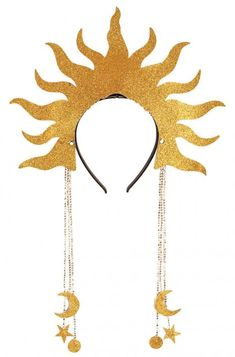 Transform into a breathtaking sun goddess with a fiery crown. With this elegant headpiece you can become a celestial goddess and float among the heavenly bodies. Pair it with a gorgeous gown and sparkly makeup and you'll have a look fit for an outer . Mascaras Halloween, Halloween Makeup, Halloween Costumes, Halloween Images, Bridal Hair Updo, Bridal Headpieces, Egyptian Headpiece, Sun And Moon Costume, Sparkly Makeup