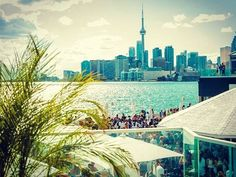 From chic bars with 360 views of the city's skyline, to cool tiki-style bars, here are some of the best rooftop bars & patios in the vibrant city of Toronto