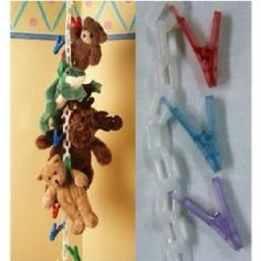 Original Chain Gang Toy Organizer - Pastel 20 count: Fantastic way to organize toys, hats, stuffed animals and anything else that can hang! Featuring 20 clips and a ceiling mount to attach anywhere you want it. Organizing Stuffed Animals, Storing Stuffed Animals, Stuffed Animal Storage, Diy Stuffed Animals, Stuffed Toys, Hanging Organizer, Hanging Storage, Diy Hanging, Toy Storage