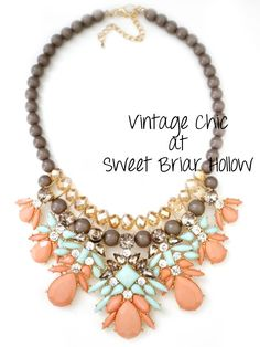 GroopDealz | Hayden Statement Necklace