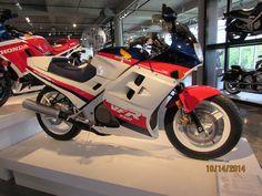 1986 Honda VFR750 F