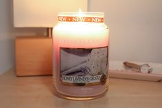 Yankee Candle's Limited Edition 'Honey Lavendar Gelato' Candle, smells amazing!