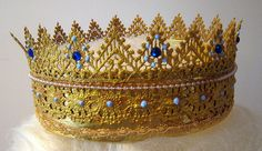 blue crown by bitterbethany, via Flickr, tutorial for crowns made from lace