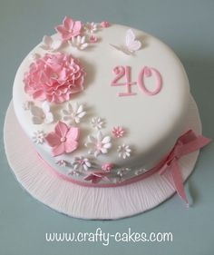 Pink and white flowers cake - Celebration cakes for women, Party organization ideas, Party plannig business Birthday Cake With Flowers, Beautiful Birthday Cakes, Beautiful Cakes, Cake Flowers, Amazing Cakes, Fondant Tips, Fondant Cakes, Cupcake Cakes, Shoe Cakes