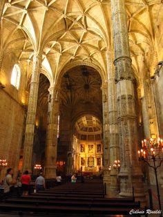 Interior do Mosteiro dos Jerónimos - Lisboa - Portugal
