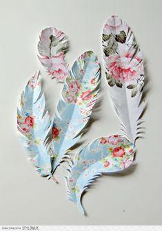 papier / dekoracja / pióro