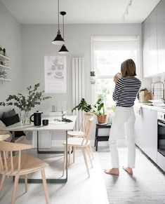 The Scandinavian inspired oasis of Cate St Hill in London (my Scandinavian home) . - Scandinavian Design Trends - Have Best Home Decor ! Scandinavian Interior Design, Scandinavian Kitchen, Interior Design Kitchen, Kitchen Decor, Kitchen Wood, Scandinavian Lighting, Kitchen Ideas, Skandi Kitchen, Kitchen Dining