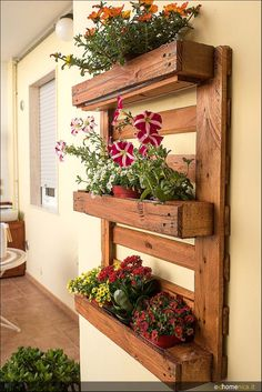 Slightly different take on pallet planter.