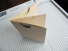 Journal booklet -- pocket pages with pull-out journaling cards