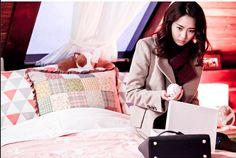 Lee Yeon Hee (이연희) at the set of Miss Korea Miss Korea, Popular Girl, Drama Movies, Korean Drama, Korean Girl, Movie Stars, Kdrama, Bingo, Korean Dramas
