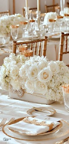 White on white wedding reception tablescape decor using floral centerpieces paired with gold flat ware - so elegant. Trendy Wedding, Gold Wedding, Wedding Table, Wedding Flowers, Dream Wedding, Wedding Day, Wedding White, Spring Wedding, Wedding Story