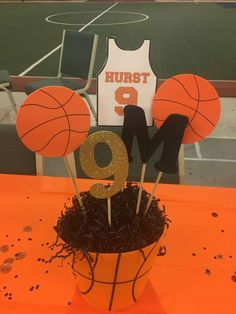 Basketball Theme Birthday Party table decoration to make with cricut Sports Themed Birthday Party, Basketball Birthday Parties, Sports Party, Basketball Party Themes, Birthday Party Centerpieces, Birthday Decorations, Birthday Ideas, Banquet Centerpieces, Decoration Party