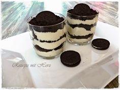 16 Oreo-Kekse 200 g Sahne oder Cremefine 70 g Zucker gemahlene Vanille 750 g Milch 3 Eigelb Prise Salz 45 g Speis...