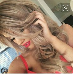 gorgeous light brown hair with subtle blonde highlights (new hair color? Love Hair, Great Hair, Gorgeous Hair, Gorgeous Blonde, Amazing Hair, Subtle Blonde Highlights, Hair Highlights, Color Highlights, Light Highlights