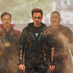 Fashion Avengers Tony Stark Style for women Sunglasses Men – GaGodeal Tony Stark Sunglasses, Avengers Universe, Stark Industries, Hawaii Style, Iron Man 3, Iron Man Tony Stark, Sunglasses Women, Branding Design, Photos