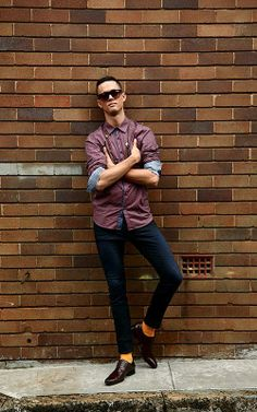 A photoshoot I did as part of a collaboration with Zu Shoes for their 'Hot off the Runway' campaign. ZU SHOES Power dress shoe - TED BAKER shirt - A. BRAND jeans - ARMOUR+HOMME necklace - MARC BY MARC JACOBS sunglasses