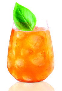 Sun Orange, Strawberry Basil Margarita - Cocktail Recipes - Best Cocktails and Drinks - Town & Country Drinks Alcohol Recipes, Yummy Drinks, Cocktail Recipes, Drink Recipes, Punch Recipes, Refreshing Drinks, Fun Drinks, Cocktail Shaker, Daisies