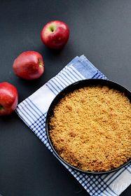 Sabor: Μηλόπιτα / Apple crumble pie Apple Pie Recipes, Sweet Recipes, Cake Recipes, Apple Crumble Pie, Apple Pies, Cupcake Cookies, Tart, Food And Drink, Sweets