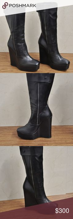 BALENCIAGA BLACK LEATHER BOOTS DOUBLE ZIP AUTHENTIC BALENCIAGA BLACK LEATHER BOOTS DOUBLE ZIP SIZE 38.5 THE SHOES ARE PRE-OWNED GREAT COSMETIC CONDITION NO HOLES  NO STAINS NO WEIRD ODORS Balenciaga Shoes Heeled Boots