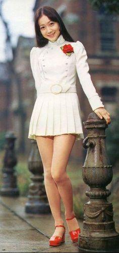 Japanese Singer,actress  #70  麻丘めぐみB面特集「そよ風の めぐカコの「麻丘めぐみアルバム」/ウェブリブログ