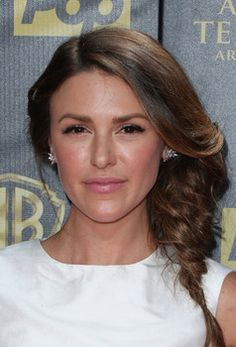 'The Young and the Restless' Spoilers: Elizabeth Hendrickson returns to YR http://www.examiner.com/article/the-young-and-the-restless-spoilers-elizabeth-hendrickson-returns-to-yr