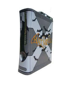Customized Xbox 360. Designed and Painted by Adam Riback and Eric Moses