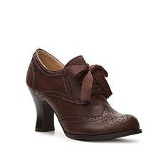 Dolce by Mojo Moxy Chatsworth Pump Beautiful shoes