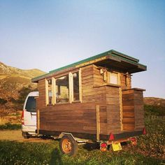 Had to show you this amazing micro home called Tiny House Japan. It's obviously a Japanese inspired and designed little shelter on wheels. This mobile micro cabin was designed and built by Ta… Japanese Tiny House, Japanese Garden Design, Tiny House Stairs, Tiny House Living, Tiny House Trailer, Tiny House On Wheels, Shanty Boat, Little Houses, Small Houses